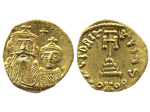 Coins, Ancient Byzantine empire. Sear 749, solidus. Constantinople. 4.48 g. Minor scratches. Good XF.