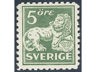 Sweden. Facit 143Cc ★★ , 5 öre green white paper, type II, perf on four sides.