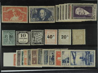 France. ★ 1935-52. All different, e.g. Mi 304, 425, 948-53, Militaire 3(★), Postage Due …