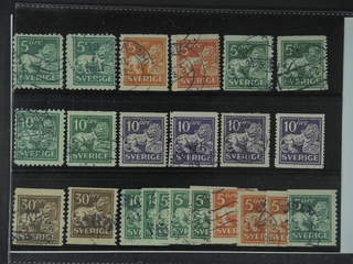 Sweden. Used 1920–34. Standing Lion. All different, e.g. F 140C+Ccx, 141bz, 142Ecxz, …